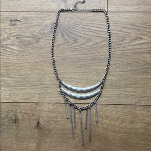 Jewelry - Silver layered tribal necklace